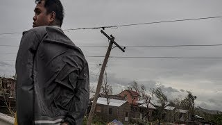 Download Typhoon Mangkhut pummels Philippines, killing at least 12 Video