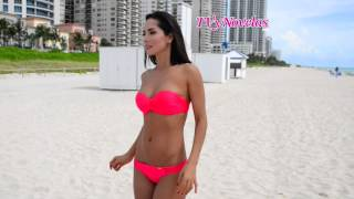 Download Carmen Villalobos en Bikini - Estrellas de Verano 2014 Video