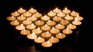 Download Chumad loculoben patara santlebi - ჩუმად ლოცულობენ პატარა სანთლები Video