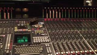 Download Green Day ″Holiday″ & Boulevard of Broken Dreams″ Video