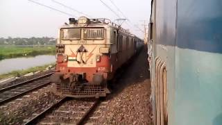 Download PARALLEL RACE with tessta torsa exp and meet with lalgola passenger Video