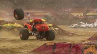 Download Monster Jam - El Toro Loco Monster Truck Full Freestyle from Arlington, Texas - 2012 Video