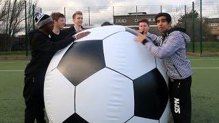 Download SIDEMEN GIANT FOOTBALL CHALLENGE! Video