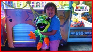 Download Ryan Won the Biggest Surprise Toy from the Crane Machine at Dave & Busters!!!! Video