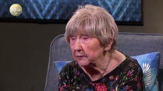 Download Dagny Carlsson, 104 år: ″Det var inte bättre förr″ - Malou Efter tio (TV4) Video