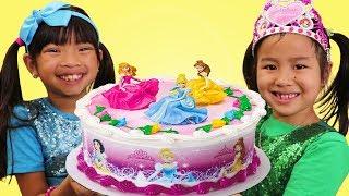 Download Emma & Jannie Pretend Play w/ Happy Princess Birthday Cake Surprise Party Toys Video