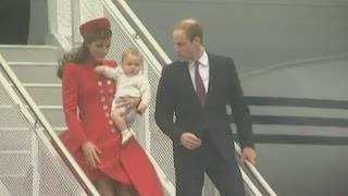 Download Prince William, Kate and Prince George arrive for New Zealand tour Video