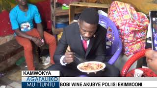 Download Bobi Wine akubye Poliisi ekimmoono Video