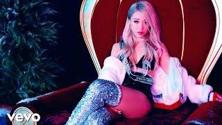 Download Wengie 'Ugly Christmas Sweater' MV Video