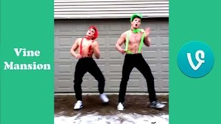 Download Logan Paul Vs Jake Paul Vine Battle w/ Titles 2017 Video