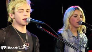 Download R5 ″Loud″ Live Performance Video