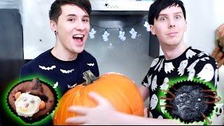 Download Halloween Baking - SPOOKY CUPCAKES Video