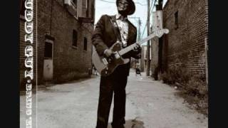 Download Buddy Guy - What Kind Of Woman Is This Video