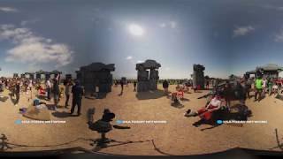 Download Stand in crazy 'Carhenge' during total eclipse in 360 Video
