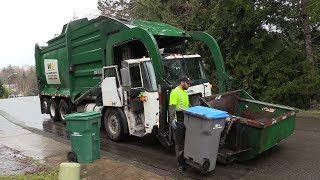 Download Autocar WXLL McNeilus Carry Can Video