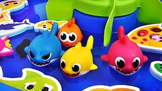 Download Pinkfong Baby Shark family Bath water gun Play set! Let's play in the water with Dory - PinkyPopTOY Video