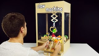 Download How to Make Hydraulic Powered Claw Machine from Cardboard Video