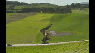 Download Massive sinkhole on farm just going to get bigger - GNS Video