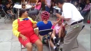 Download La vecindad del chavo, jugando a las sillas. Video