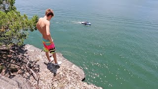 Download BEST CLIFF JUMPING SPOT EVER! Video