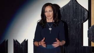 Download Школа-конвейер или школа-сообщество: выбор за родителями | Ekaterina Rybakova | TEDxSadovoeRingWomen Video
