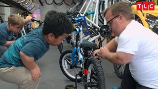 Download Watch The Johnstons Go Bicycle Shopping | 7 Little Johnstons Video