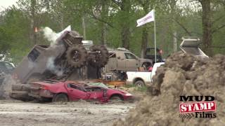 Download BOTTOMED OUT JEEP FREESTYLE WIN- COUNTRY COMPOUND Video