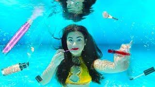 Download Doing my Makeup Underwater! Extreme Makeup Challenge Video
