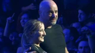 Download ✺🡆 David Draiman Stops Disturbed Show Helps Sami Up On Stage After Mosh Pit Incident Video