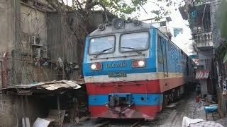Download Hanoi train street 16 December 2017 Video