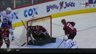 Download Three goal second period helps Canucks get past Coyotes Video