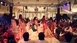 Download Sialkot Shadi Mehndi Dance 2017 Full Video Descriptuon m Hy Video