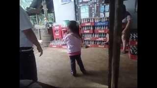 Download Shana Jalan jalan di Kampung Video