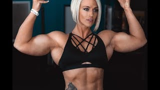 Download Muscle girl with big biceps Andrea Rogers Video