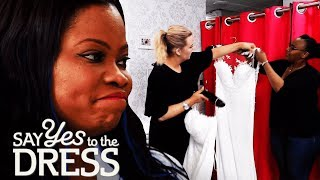 Download Picky Bride Has to Choose a Dress From the Sample Section   Say Yes To The Dress UK Video
