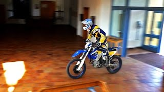 Download SCHOOL CAMPUS ENDURO FUN - in 4K Video