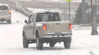 Download Snow challenges drivers, causes wrecks in Little Rock Video