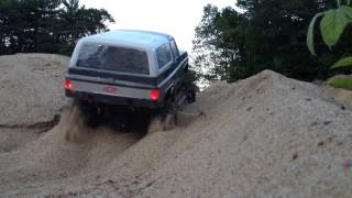 Download RC Scale Crawler 4x4 Tracy Sand trail Land rover D90 & Chevy Blazer K5 Video