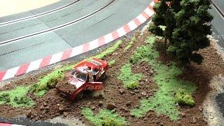 Download Carrera Rennbahn Tagebuch - #8 - Dekoration bauen mit Slotcar, Rennfahrer crash Video