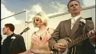 Download Old Crow Medicine Show - Wagon Wheel Video