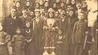 Download Karamanlılar / Ağlama Gelinim. Video