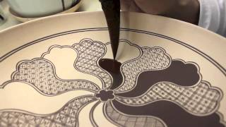 Download 上出長右衛門窯の祥瑞画法/Drawing and Painting Kutani Shonzui Video