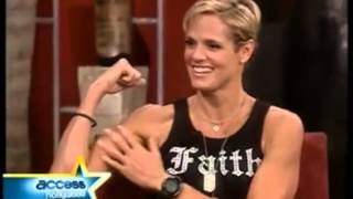 Download Dara Torres Flexing biceps Video