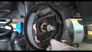 Download Rear Brake Shoe and Wheel Cylinder Replacement Ford Focus 1999-2005 Video
