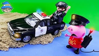 Download Peppa Pig goes on a police car. Peppa Pig become a police officer and play police. Video