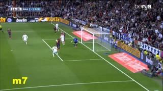 Download كريم بنزيما يضيع 4 اهداف محققه امام برشلونة Video