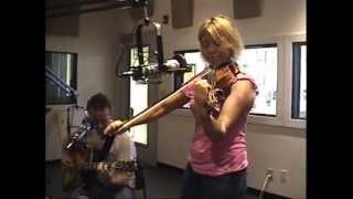 Download Hot Club of Cowtown DARK EYES 10/2/2012 KOOP Radio Austin, Texas Video