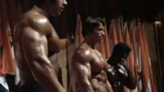 Download Mr. Olympia 1975 - Arnold Schwarzenegger, with Serge Nubret and Lou Ferrigno Video