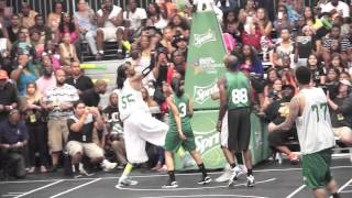 Download Justin Bieber , Chris Brown and Snoop Lion- BET Celebrity Basketball Video