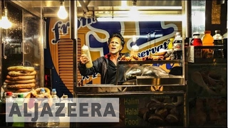 Download Snacking through the Big Apple: Food carts in NYC - Street Food Video